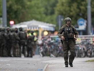 Book on teenage shooting sprees found during search of Munich gunman's room