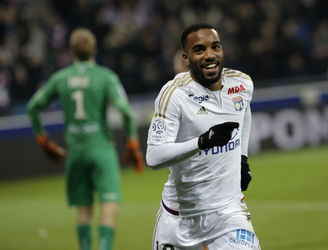 Transfer Talk: Arsenal must step up their bid to to prise from Alexandre Lacazette from Lyon