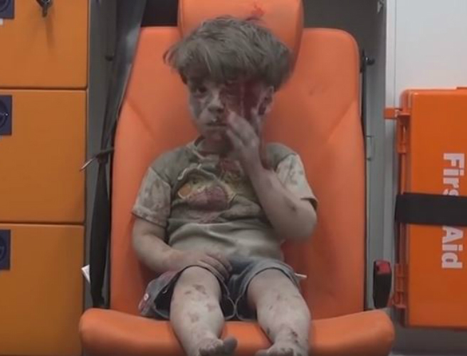 Omran Daqneesh, boy seen in Aleppo footage, is reunited with his parents