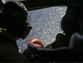MH370 experts attempting to 'define new search area'