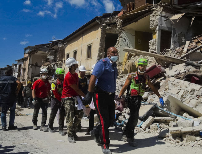 Rescue workers race to find Italy earthquake survivors