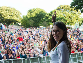 In Pictures: A triumphant homecoming for Rio medallist Annalise Murphy