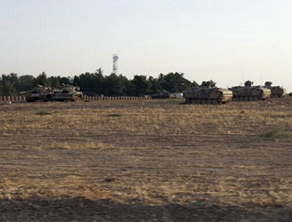 Turkish tanks cross into northern Syria to attack Islamic State