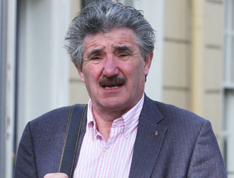 Talks continue after John Halligan threatens to resign over Waterford hospital controversy
