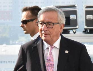 No compromise with UK on free movement in Brexit, Juncker warns