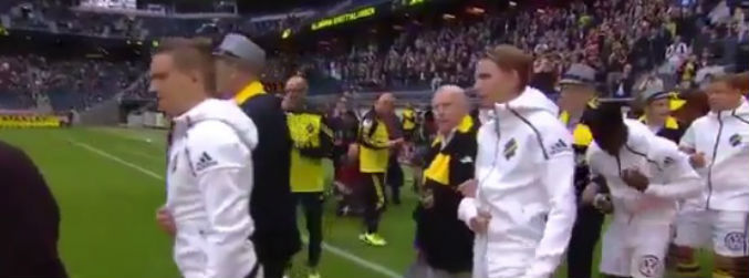 WATCH: AIK let pensioners act as mascots before Swedish League game