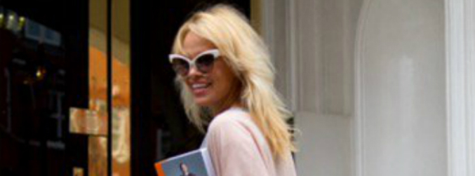 Pamela Anderson attacks Donald Trump over comments