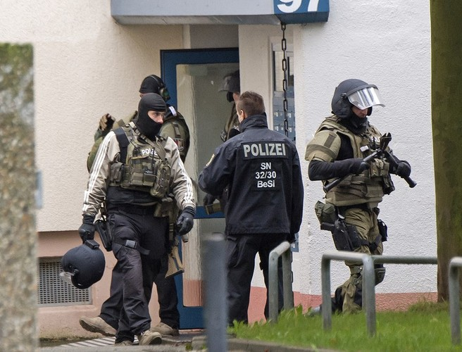 German police report 1 dead, 1 wounded following shooting in Dueren