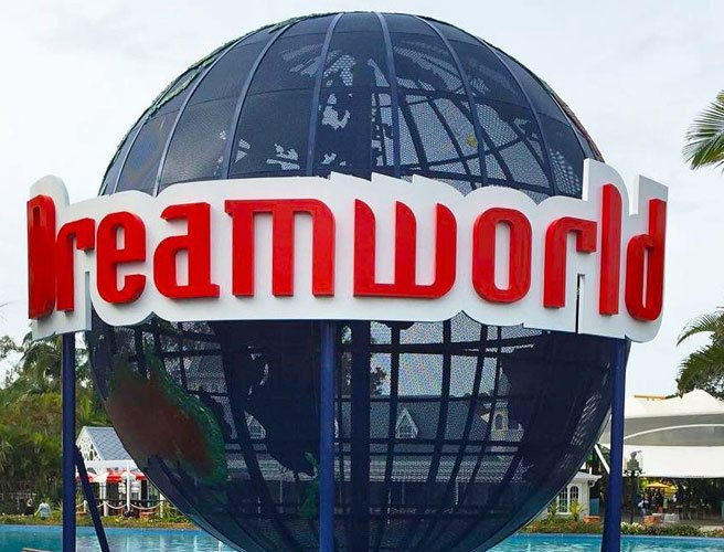 Brother and sister among those killed in Dreamworld theme park accident