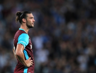 Andy Carroll targeted by armed robbers