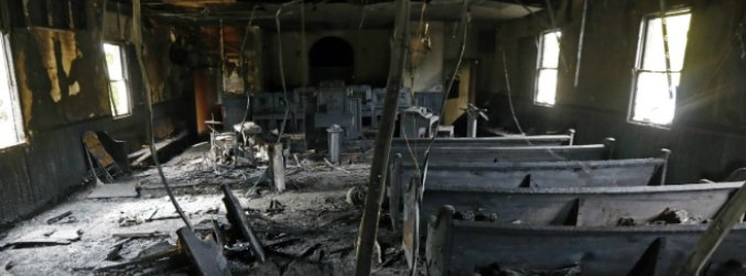 "Mississippi church burnt and defaced with ""Vote Trump"" graffiti"