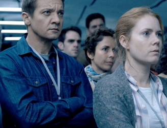 Review: Twisting and turning, 'Arrival' is clever sci-fi that leaves you lost for words