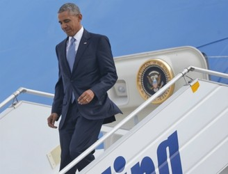 Obama moves to reassure allies on tour of Europe