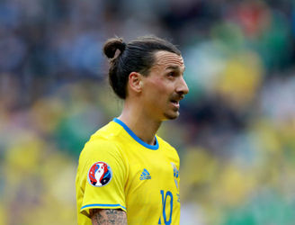 Zlatan Ibrahimovic named the Swedish Footballer of the Year for the tenth time in a row