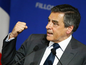 French presidential candidate Francois Fillon hit by fresh controversies