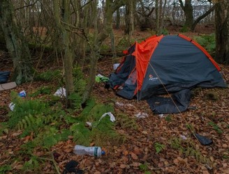 Scottish Amazon employees living in tents to save money