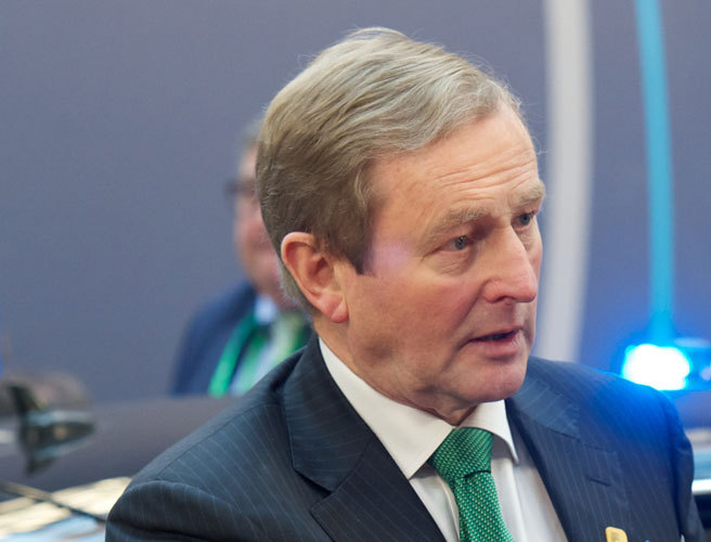Enda Kenny set to lead Fine Gael in next election despite new poll