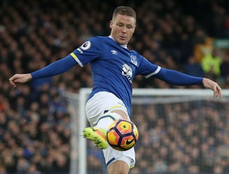 Everton set to reject loan offers for James McCarthy