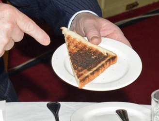 Eating burnt toast and potatoes 'may increase cancer risk'