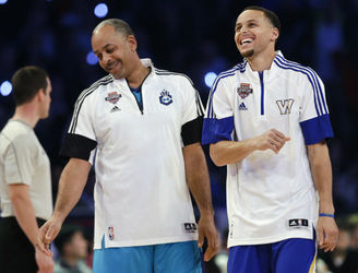 WATCH: Dell Curry shocks son Steph with slick shot