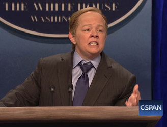 WATCH: Melissa McCarthy unrecognisable in Sean Spicer sketch