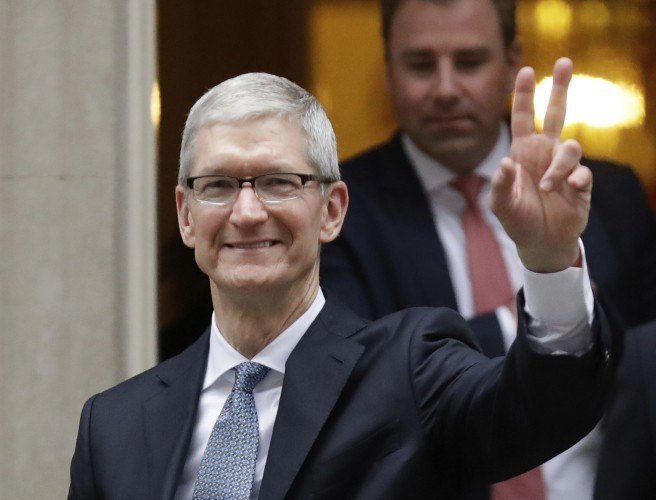 "Apple's Tim Cook ""very optimistic"" about Brexit"