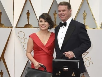 PriceWaterhouseCoopers takes blame for Oscar gaffe
