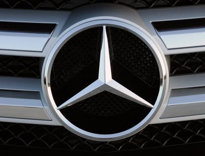 UK owners of 75,000 Mercedes cars 'to face recall' over fire risk