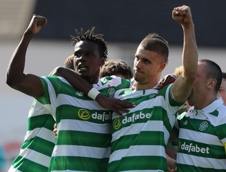 Celtic reach brink of dominant Scottish title win