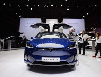 Tesla to open Irish showroom in the next month