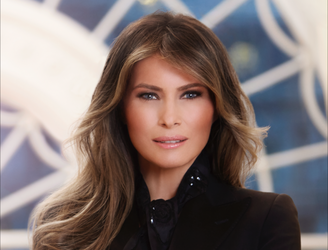 White House unveil official Melania Trump portrait, social media reacts