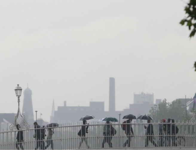 Thursday's weather : Rain expected with moderated breezes