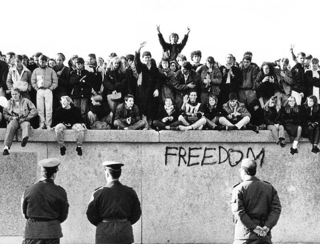 'Breakthrough - Communcations Moments That Changed the World' - the moment that led to the fall of the Berlin Wall