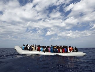 Italian authorities ignored calls from drowning Syrians for hours, claims leaked audio