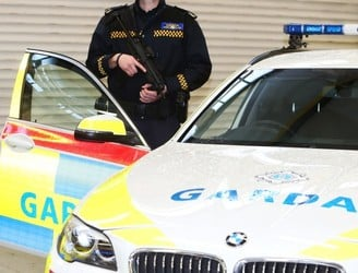 Gardaí arrest second man in connection with London investigation