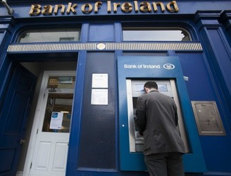 Bank of Ireland to go 'cash free' in 100 branches