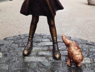 US sculptor positions peeing pug beside Wall Street's 'Fearless Girl'