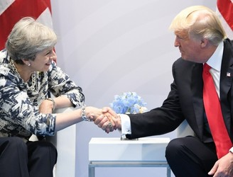 "Trump expecting ""very powerful"" trade deal with Britain"