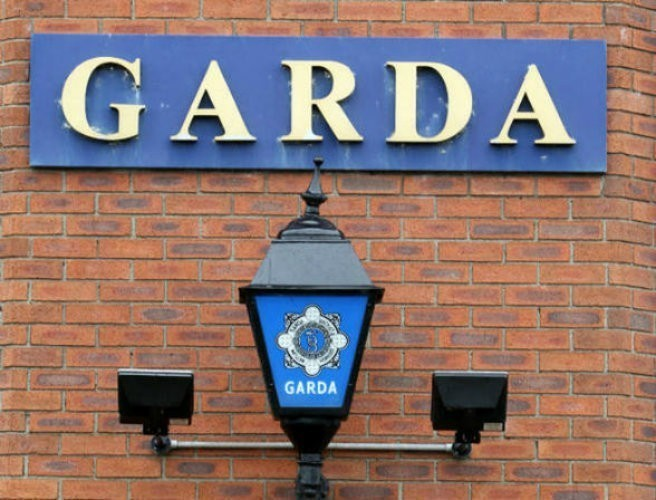 Man arrested after gardaí seize firearm in Donegal