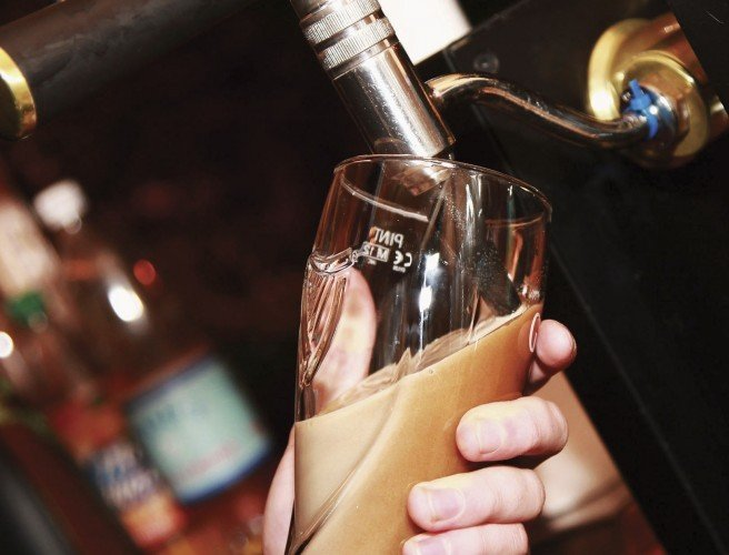 Dáil votes to allow alcohol sales on Good Friday