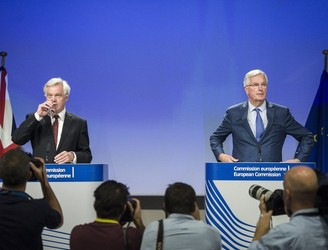Michel Barnier says 'no decisive progress' on central issues in latest Brexit talks
