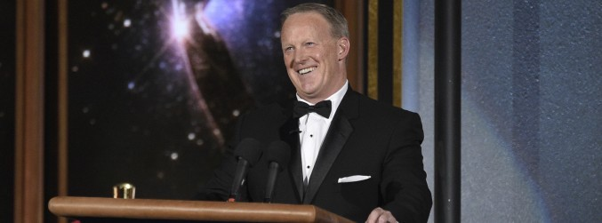 Sean Spicer makes surprise appearance at Emmy Awards