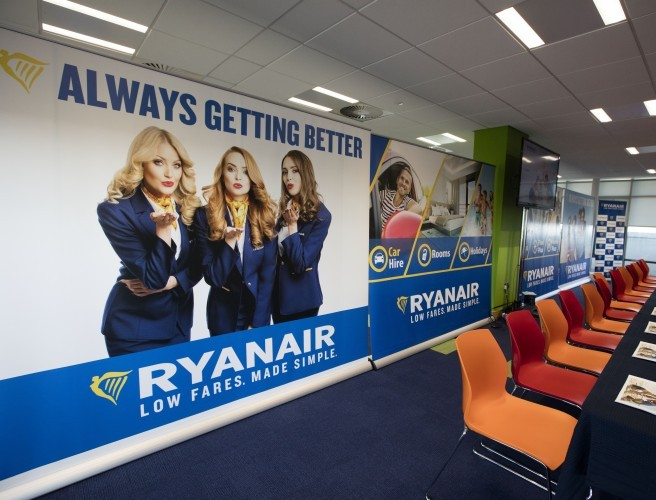 Ryanair pilots call for talks on improved contracts