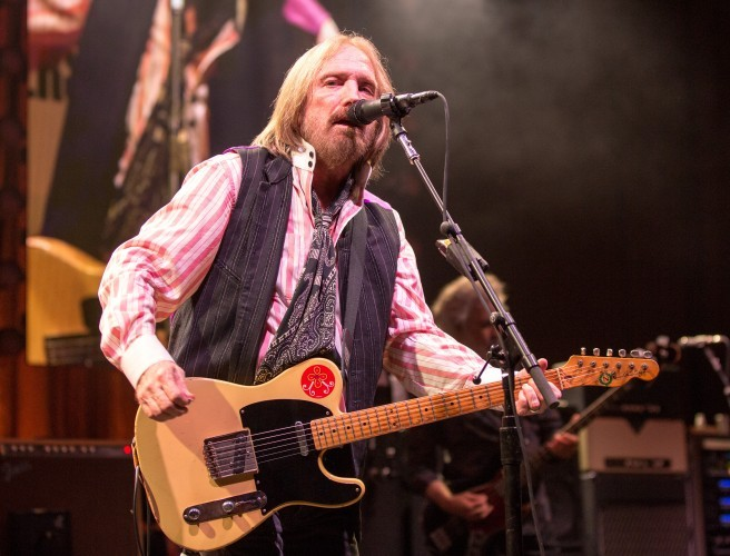 US singer Tom Petty fights for life