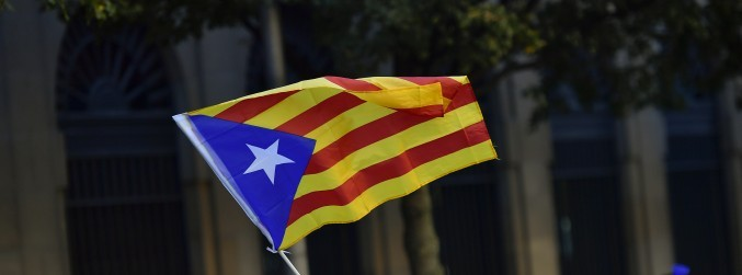 Spanish government says it will suspend Catalonia's autonomy