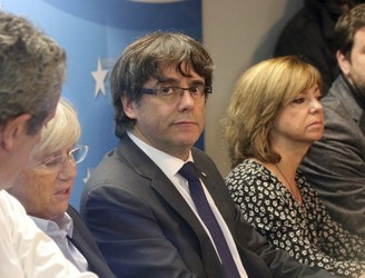 Catalan cabinet summoned to appear at Spanish high court
