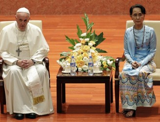 Pope Francis avoids using term 'Rohingya' during speech in Myanmar