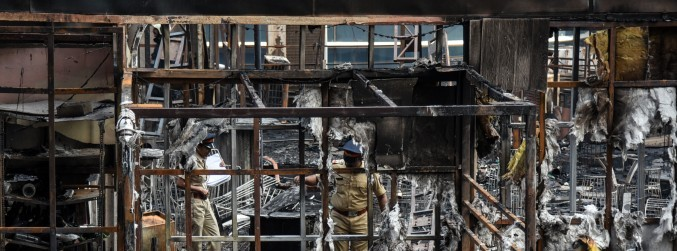 At least 14 dead following fire at restaurant in Mumbai