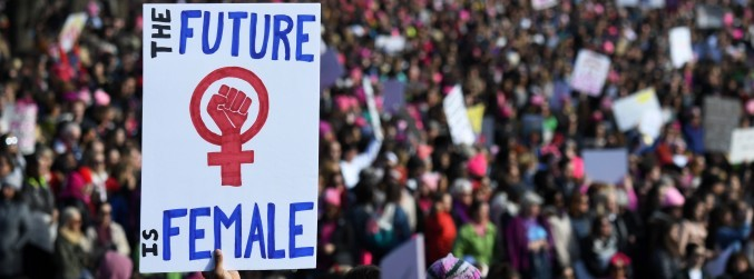 Hundreds of thousands take part in women's marches across US