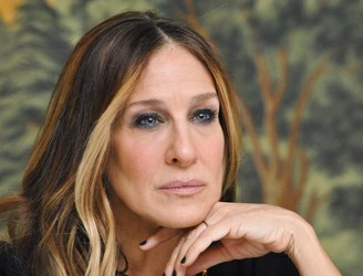"Sarah Jessica Parker ""heartbroken"" over Kim Cattrall comments"